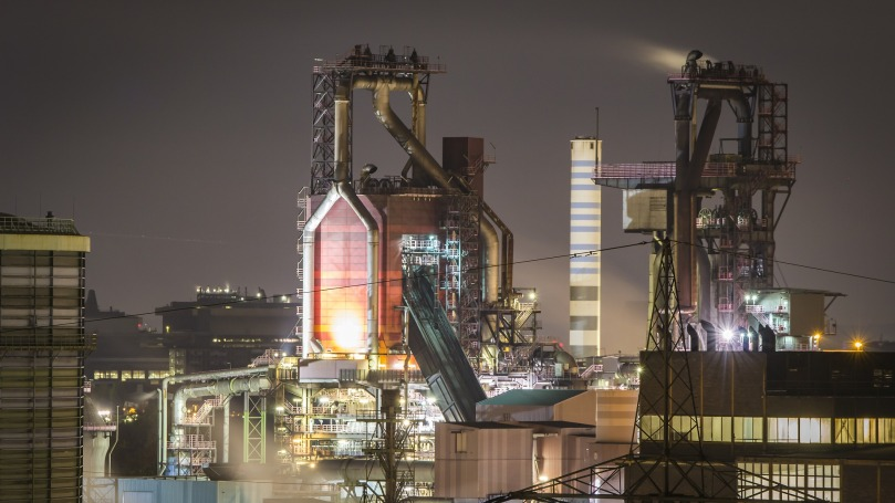 industry-4612432_1920